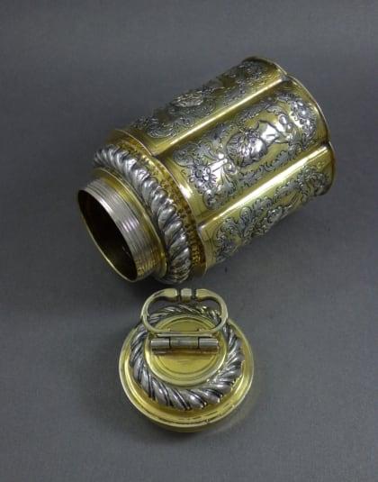 Verguld zilveren fles met schroefdeksel ( Schraubflasche )