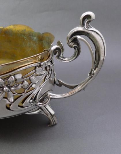 Zilveren Jardinière met koperen binnenbak.