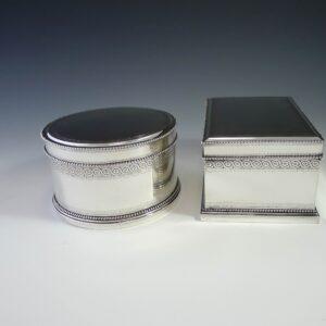 Paar zilveren koektrommels