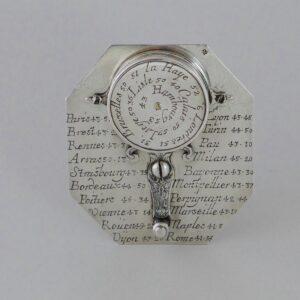 Zilveren zonnewijzer met kompas